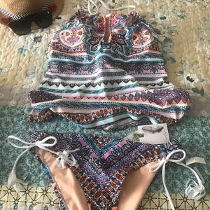 Jessica Simpson tankini swimsuit